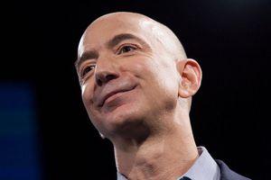 Jeff Bezos cam kết dành 10 tỷ USD để chống biến đổi khí hậu