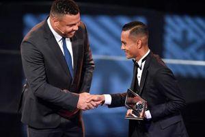 Sao Đông Nam Á nhận giải danh giá của FIFA rồi trượt dài 4 năm