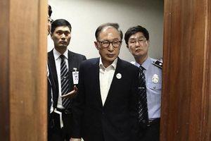 Cựu tổng thống Hàn Quốc lĩnh án 17 năm tù vì tham nhũng