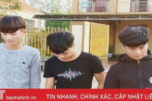 Bắt 3 đối tượng lừa bán khẩu trang qua facebook, chiếm 25,4 triệu đồng của người dân Hà Tĩnh