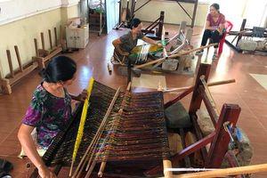 Ninh Thuận: Rực rỡ sắc màu thổ cẩm Mỹ Nghiệp