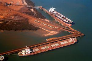 Giá quặng sắt tiếp tục ở mức cao do lo ngại thiếu hụt nguồn cung