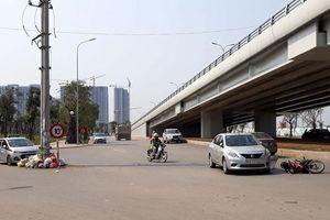 Tiềm ẩn nguy cơ tai nạn giao thông đầu phố Cầu Cốc