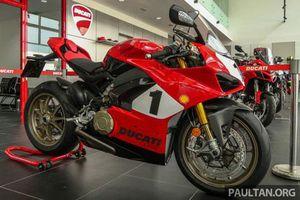 Cận cảnh Ducati Panigale V4 25th Anniversary 916, giá 2 tỷ đồng