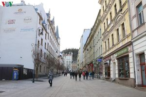 Địch Covid-19 ảnh hưởng nghiêm trọng tới nền kinh tế Cộng hòa Czech