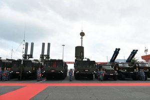 Lữ đoàn 682 được trang bị tổ hợp tên lửa bờ siêu hiện đại