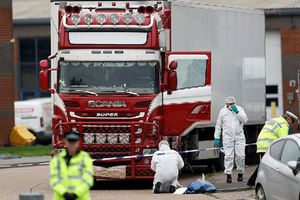 Công an Hà Tĩnh khởi tố 7 bị can liên quan đến vụ 39 người chết trong container ở Anh