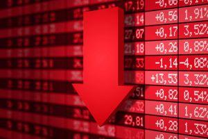 Cổ phiếu đua nhau lao dốc, chứng khoán quay đầu giảm