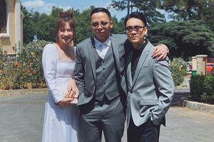 Tóc Tiên, Hoàng Touliver cùng dàn khách mời tiệc tùng sau hôn lễ