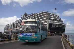 Khách tàu Westerdam âm tính Covid-19, Thủ tướng Campuchia Hun Sen nói gì?
