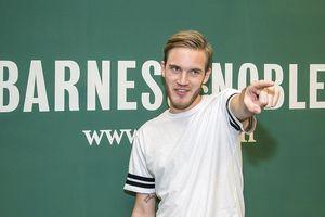PewDiePie rục rịch comeback sau 1 tháng tuyên bố nghỉ làm YouTube
