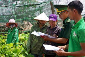 'Tổ liên gia tự quản an ninh trật tự' ở xã vùng biên