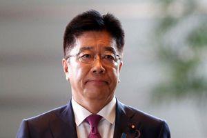 Bộ trưởng Y tế Nhật Bản xin lỗi vì để người bị nhiễm Covid-19 rời du thuyền cách ly