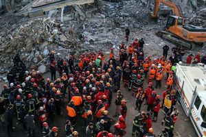 Động đất mạnh tại biên giới Iran - Thổ Nhĩ Kỳ