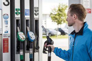 Bất ngờ với loại nhiên liệu xe được tái chế từ dầu ăn và mỡ thải, có thể thay thế xăng trong tương lai