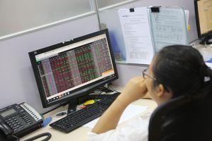 Thị trường chứng khoán cần động lực để vươn lên