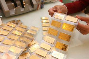 Nhà đầu tư vàng 'thủng túi' tới 2 triệu đồng/lượng