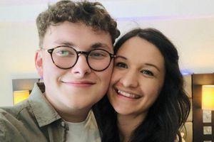 Cô gái mất trí nhớ vì viêm não: 'Tôi không thể nhớ nổi bạn trai'