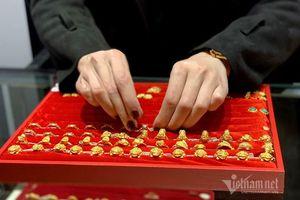 Để dành hơn 15 triệu/tháng, mỗi năm gần 200 trăm triệu mua vàng