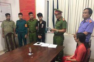 Cuộc hỗn chiến của 70 'hổ báo' tuổi choai choai