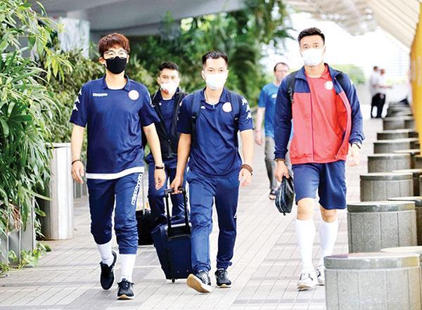 TP.HCM - Hougang United (lúc 16 giờ 30): CLB TP.HCM vừa đá vừa lo