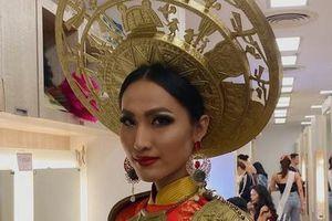 Đại diện Việt Nam chưa ghi điểm trong phần phỏng vấn tại Hoa hậu Chuyển giới quốc tế