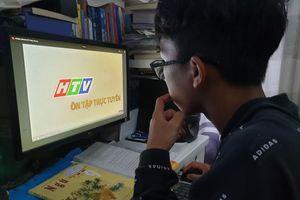TP HCM: Phát sóng chương trình ôn tập cho học sinh khối 9 và 12 do ảnh hưởng dịch Covid-19