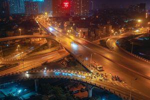 Cầu Vĩnh Tuy ở Hà Nội đang được sửa chữa những hạng mục nào trong đêm?