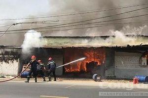 Sài Gòn vào hạ…lo cháy