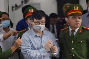 Vũ 'nhôm' có mặt trong phiên tòa xét xử Trương Duy Nhất
