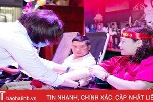 Hơn 400 cán bộ, đoàn viên Hương Khê tình nguyện hiến 268 đơn vị máu