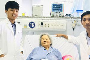 Cấp cứu 2 lần giành lại sự sống cho cụ bà ở Cần Thơ