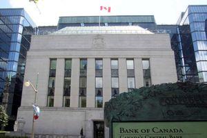 Ngân hàng Canada có thể hạ lãi suất do tác động của COVID-19