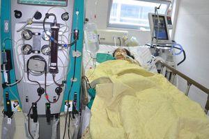 Lọc máu 2 ngày liên tục cứu sống người bệnh suy đa tạng do sốc nhiễm khuẩn