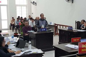Tình tiết bất ngờ phiên xử đại gia Hà Nội, 10 năm chưa có hồi kết