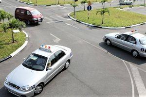 Thi bằng lái ô tô năm 2020: Những điều chỉnh mới người học cần lưu ý