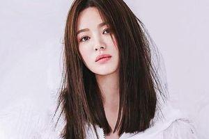 Mặc cho bao thị phi bủa vây, Song Hye Kyo được nhà mốt Dior làm riêng trang phục chụp hình tạp chí