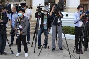 Mỹ đuổi hàng chục nhà báo Trung Quốc về nước để trả đũa