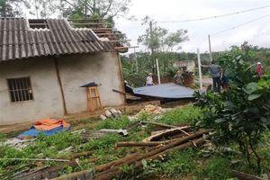 Tuyên Quang: Mưa dông kèm mưa đá, hơn 410 ngôi nhà bị tốc mái