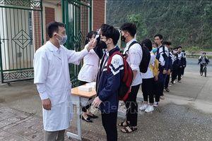 Giám sát chặt chẽ, đảm bảo an toàn sức khỏe cho học sinh