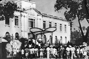 Bài 3: Thành ủy Hà Nội lãnh đạo Tổng khởi nghĩa Tháng Tám thành công