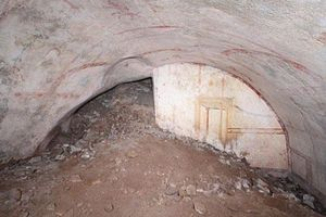 Phát hiện căn phòng bí mật nằm dưới cung điện gần 2.000 năm tuổi