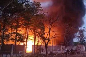 Cháy lớn rìa KCN Cát Lái: Xuất hiện nhóm người lạ có hành động bất thường