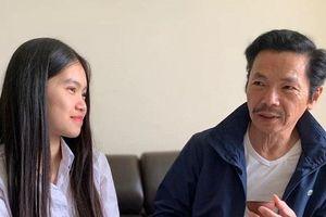 NSND Trung Anh viết tâm thư gửi con gái, kể thời lấy vợ 'chỉ có vai diễn lận lưng'