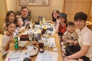 Thu Thủy đăng ảnh gia đình, dân mạng soi xem Kin Nguyễn có lén cấu con riêng của vợ nữa không?