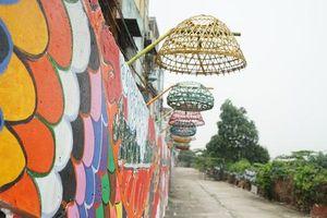 Ngỡ ngàng tuyến phố ngập rác trở thành con đường nghệ thuật giữa Thủ đô