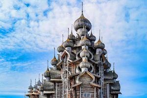 Những nhà thờ bước ra từ tranh vẽ