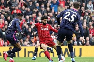 Ngược dòng trước Bournemouth, Liverpool tiến sát chức vô địch