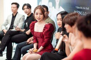 Quỳnh Nga khoe vòng 1 nóng bỏng, tiết lộ lý do đòi làm 'tiểu tam' trong phim mới
