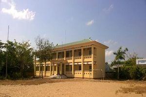 Bí thư Vĩnh Thuận thừa nhận lãng phí 6 phòng học xây hơn 4,2 tỷ đồng và bỏ hoang